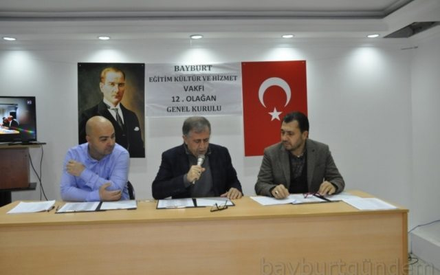 Bayburt Vakfının Yeni Başkanı İsrafil Kahraman oldu.
